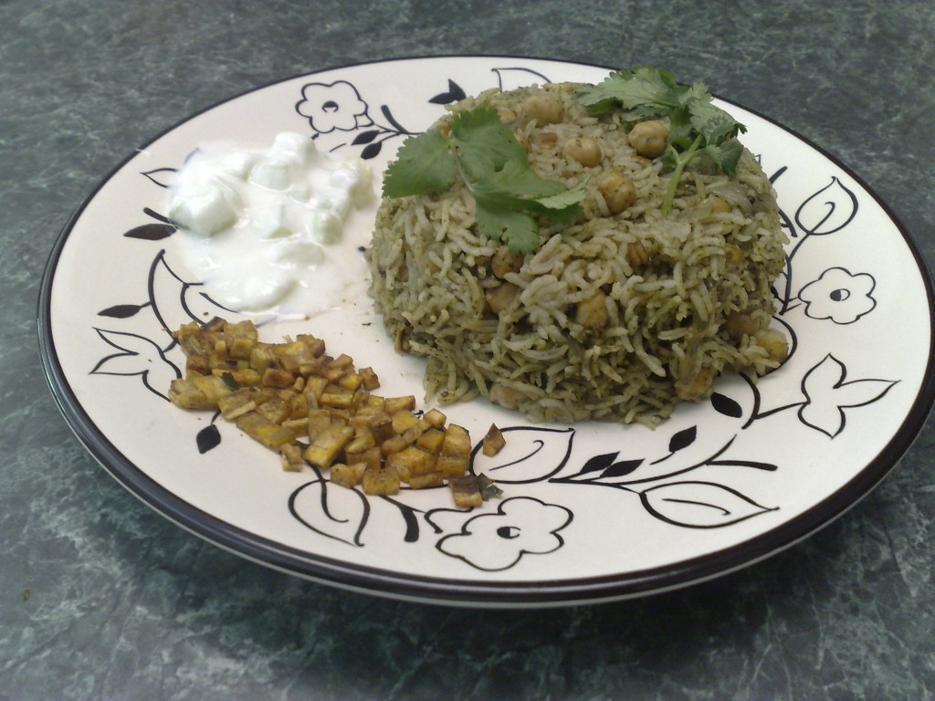 Pudina Chana Pulav with Cucumber raita and Raw Banana (Vazhakai) curry