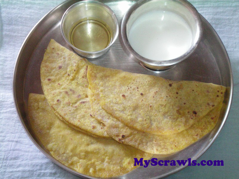 Puran Poli / Holige with Ghee and Milk