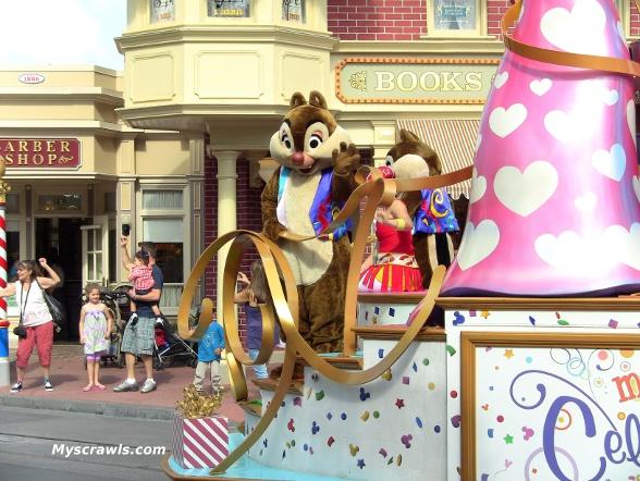 Disney Magic Kingdom Holiday Parade